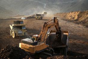 افزایش قیمت هفتگی سنگ آهن در بنادر ایران / سنگ آهن عیار 67 درصد ایران از مرز 200 دلار عبور کرد
