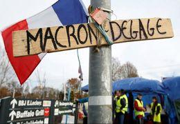فیلمی از راهپیمایی جلیقه زردها در خیابان های پاریس + ویدئو