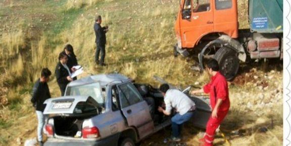 تصادف مرگبار کامیون و پراید در جاده کیاسر/ 5 نفر فوت کردند