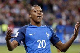امپابه خطرناکترین بازیکن فرانسه است