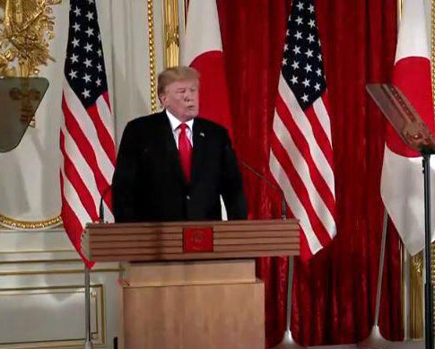 در نشست خبری مشترک با نخستوزیر ژاپن ترامپ: واشنگتن به دنبال صدمه زدن به ایران یا تغییر حکومت نیست/ ما آماده مذاکره هستیم