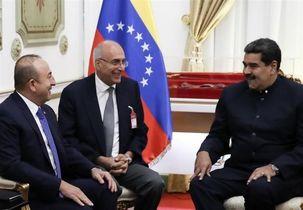 دیدار وزیر امور خارجه ترکیه با مادورو