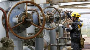 پوتین خواستار طرحی برای حمایت از نفت در داخل روسیه شد