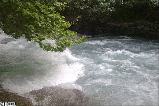 افزایش چشمگیر آب دهی رودخانه کرج به مرحله هشدار رسید