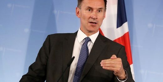 تماس تلفنی  وزیر امور خارجه انگلیس با ظریف درباره نفتکش توقیفشده