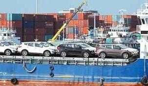 شمارش معکوس برای ریزش قیمت خودرو /  ترخیص ۶۶۵۳ خودرو وارداتی