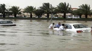 عراقیها هم درگیر سیل شدند/ اعلام وضعیت اضطرار در عراق