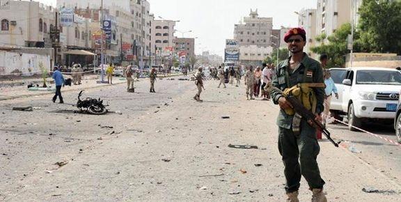روز دوم جنگ نیابتی عربستان و امارات/ پای تانکها نیز به خیابانهای عدن باز شد