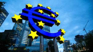 چشمانداز تیره و تار بانک مرکزی اروپا از رشد اقتصادی منطقه یورو در سالهای آتی