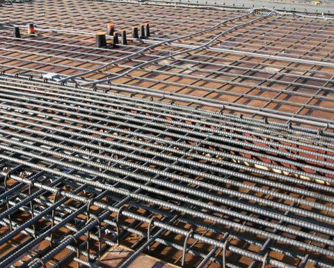 افزایش قیمت سنگ آهن در بنادر چین / رشد 14 درصدی پرمیوم آلومینیوم تنها در یک روز
