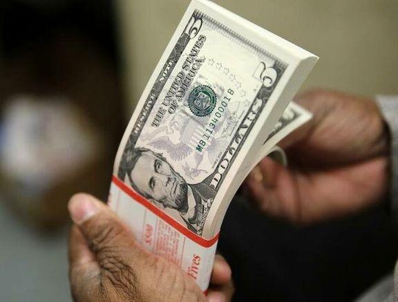 دلار با تحریم شرکت های چینی سقوط کرد