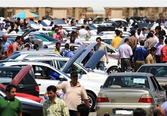 افزایش قیمت خودرو در بازار نیمه تعطیل