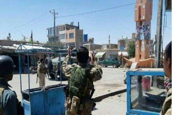 ۱۷ کشته و زخمی در حمله انتحاری به هتلی در  افغانستان