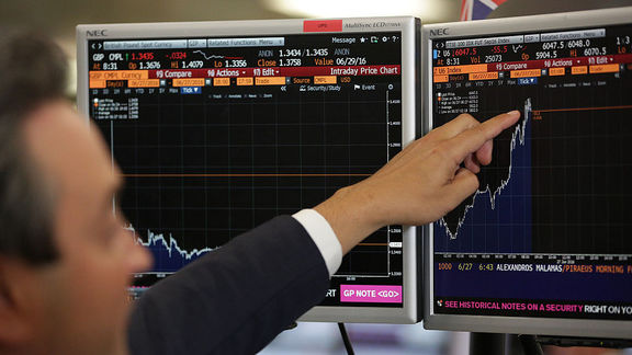 رشد وال استریت در نتیجه گزارش سوددهی شرکتها