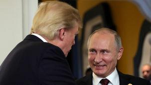 دونالد ترامپ و ولادیمیر پوتین در ارتش و قبل از نشست بروکسل با هم دیدار می کنند