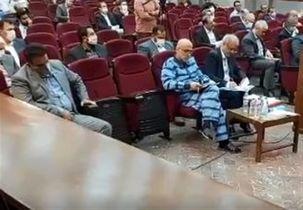 اتهامات اکبر طبری که در دادگاه مفسدان اقتصادی عنوان شده چه بود؟