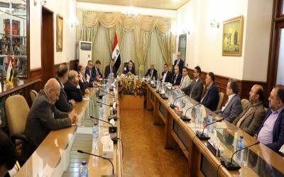 دیدار وزیر عراق با شهروندان عراقی در ایران