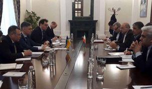 وزیر راه  پیام روحانی را تقدیم  رئیس جمهور اوکراین