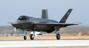 سقوط جنگنده آمریکایی باعث تغییر تصمیم توکیو نشد/وزیر دفاع ژاپن از تغییر نکردن تصمیم ژاپن برای خرید جنگنده های آمریکایی خبر داد