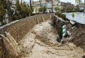 جاری شدن سیل در جاده میامی به جاجرم در استان سمنان