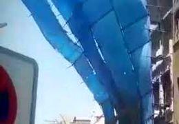 سقوط داربست فلزی ساختمان چند طبقه - بازار تهلنجی آبادان