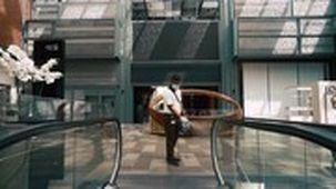 مراکز تجاری دبی از فردا به صورت کامل بازگشایی می شود